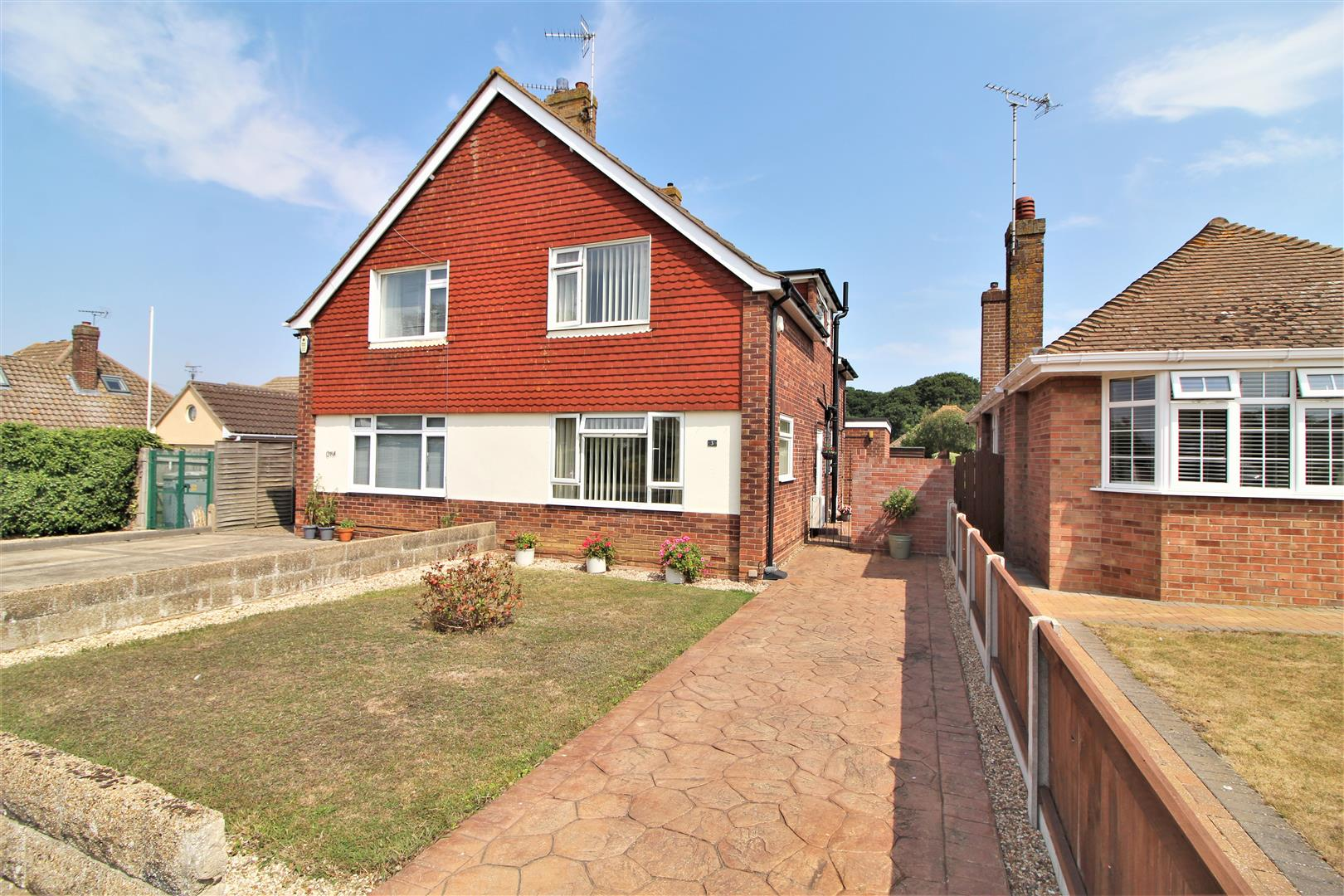 Newport Way, Frinton-On-Sea, Essex, CO13 0BW